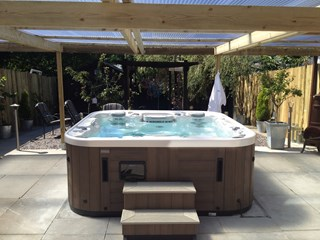 Marquis Epic Hot Tub, Maesteg, south Wales