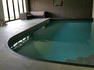 Indoor-tiled-pool-swansea-monitair-automatic-cover (4).jpg
