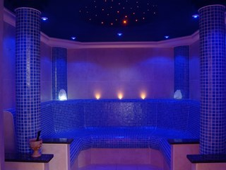 Luxury Custom Built Tiled Steam Room
